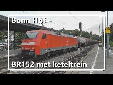 BR152 met lange keteltrein komt door station Bonn Hauptbahnhof!