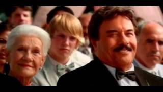"""Папа, досвидос!"" (2012)_Спасает сына от брака"