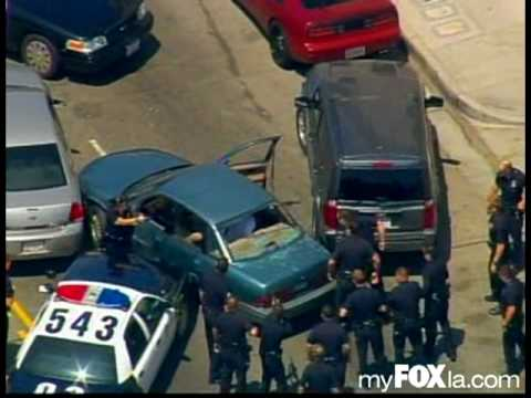 Wild Police Pursuit In South Los Angeles (Raw Video)