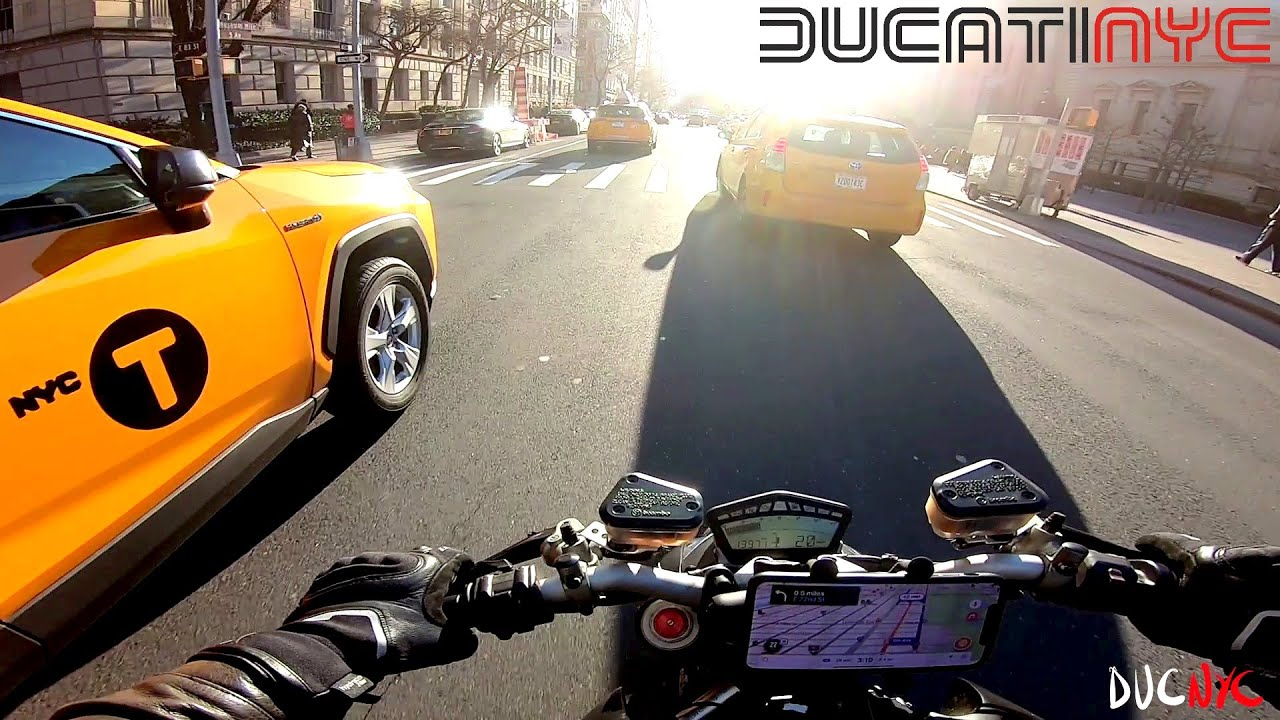 BEST ride in Manhattan | Harlem to Times Square - Spicy Splits | Ducati Streetfighter 848 NYC v1401