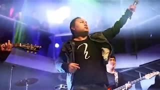 Hands Band - Kuv Yuav Handsome (Live Minneapolis, MN)