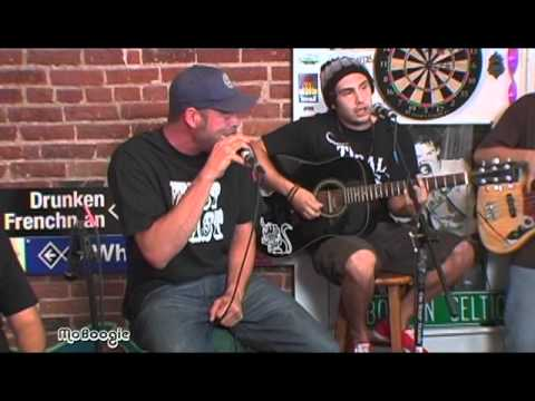 """FORTUNATE YOUTH """"Trippin"""" - stripped down session @ the MoBoogie Loft"""