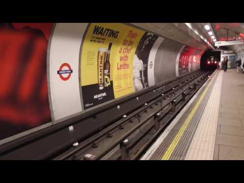London Underground - Green Park Station