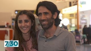 Refugee Behrouz Boochani free in New Zealand after years of detention in PNG | 7.30