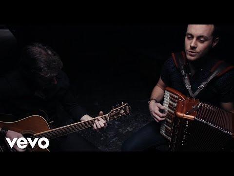 Nathan Carter - Caledonia (Acoustic)