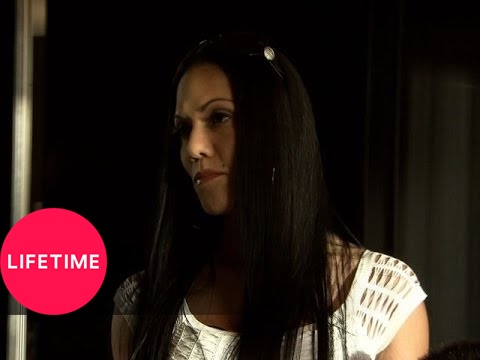 Raising Asia: Kristie Checks Into Her Room (S1, E8) | Lifetime