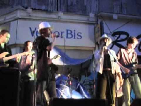 mes filles fête de la musique 2006 Aubenas (07)