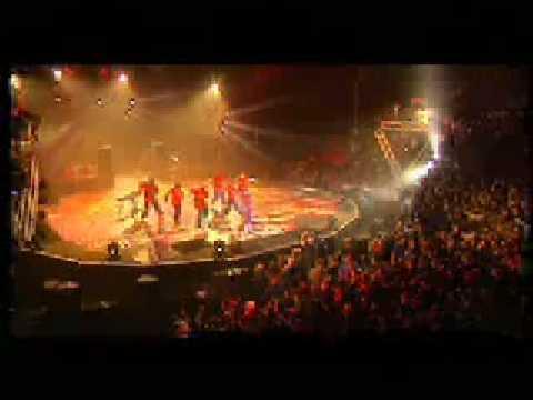 Wallen - Celle qui dit non / Bouge cette vie Live @ Génération Rap Rnb à Paris Bercy 2004