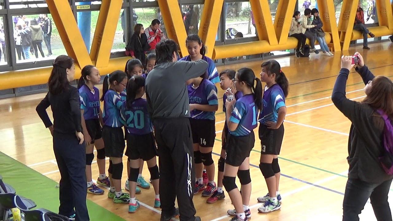 108年新北市小學運動會排球賽 五女組 銅牌戰 成功 VS 三峽 - YouTube
