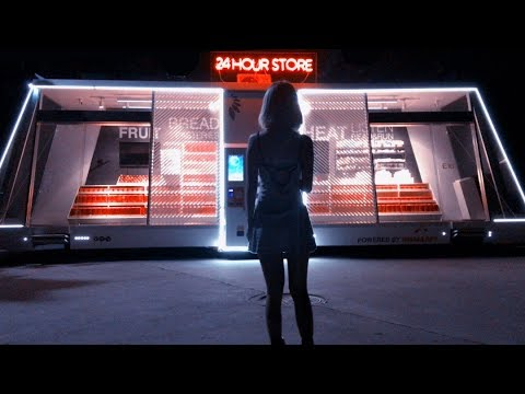 First shopping experience in China's unmanned retail store