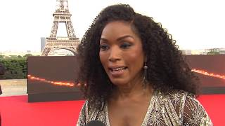 MISSION IMPOSSIBLE FALLOUT - ANGELA BASSETT IN PARIS