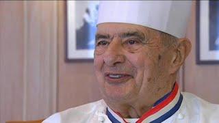 Paul Bocuse, addio alla terza stella Michelin dopo oltre mezzo secolo