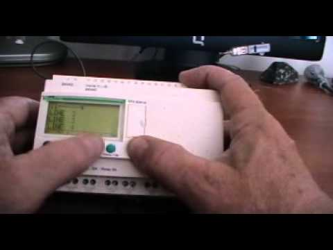 hqdefault how to program a zelio smart relay chapter 1 youtube sr3b261fu wiring diagram at bakdesigns.co