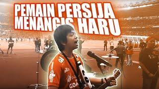 Download lagu Pemain persija menangis haru mendengar Rian dan Jakmania bernyanyi MP3
