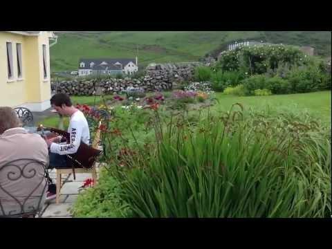 Dalys house- www.dalys-doolin.com/