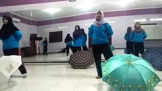 "tari anak ""TASYA ~ hujan rintik-rintik"" B6 PGPAUD Universitas Negeri Malang"