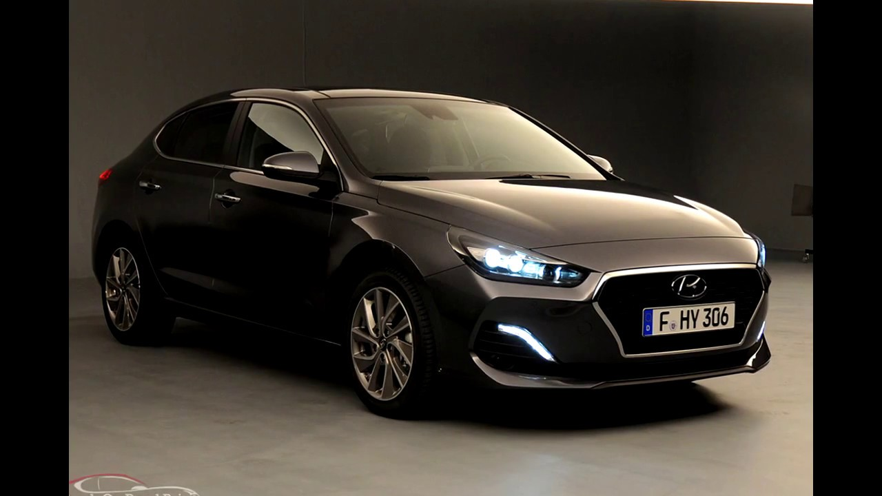 hyundai i30 fastback first look revealed check on road. Black Bedroom Furniture Sets. Home Design Ideas