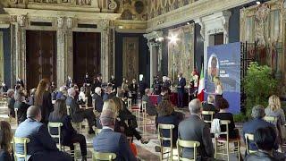 Quirinale, Mattarella premia 56 eroi del Covid: medici, infermieri e ricercatori in prima linea