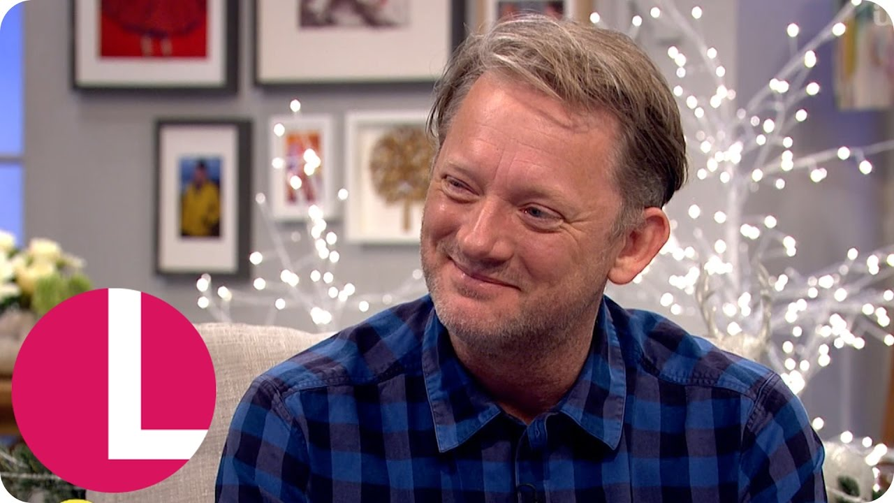 Download Douglas Henshall Talks Tackling Serial Killers and Becoming a Father | Lorraine