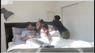 AUNTIE WALKS IN ON ME AND MY COUSIN PRANK!! GONE WRONG! VLOGMAS 10 ll DESHAE FROST thumbnail