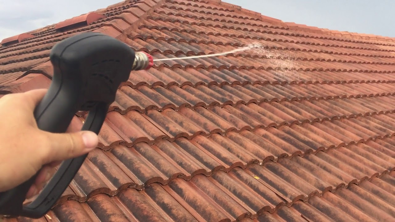 Tile Roof Soft Wash Cleaning Roof Cleaning Service Youtube
