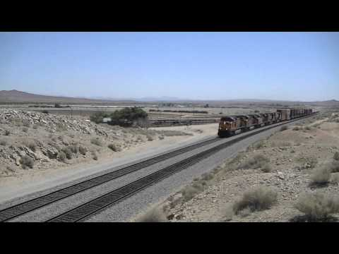 Hot Trains in a Hot Mojave Desert- BNSF Leads Amtrak #3, BNSF B40-8W