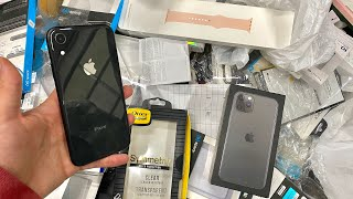 FOUND WORKING iPHONE XR!! DUMPSTER DIVING APPLE STORE!!