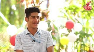 Roshan Abdul Rahoof Jealous of Priya varrier Following || Oru adaar Love
