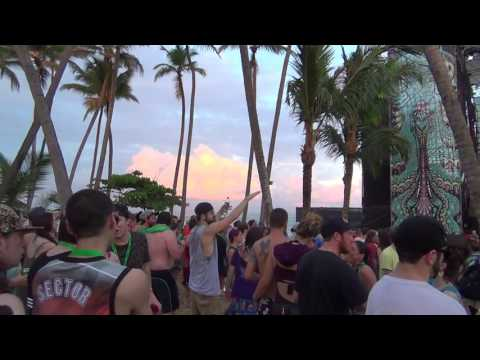 STS9 @ Dominican Holidaze 2016-- part 2