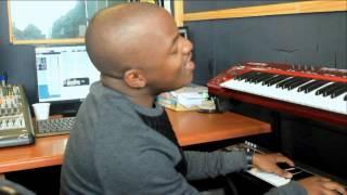 Nhlanhla ft Lindani - Kwaba Uthando