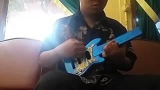 gitar-parodi-bunga-citra-lestari-pernah-muda