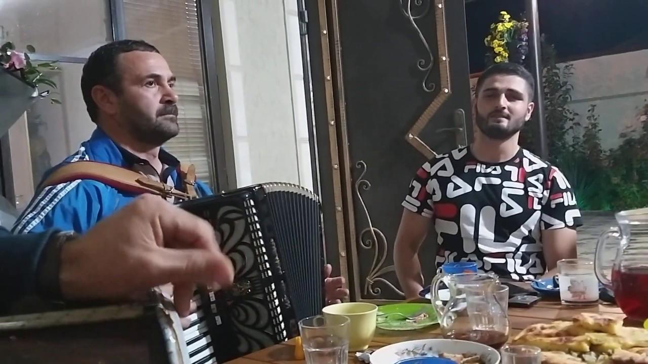 Даргинская песня под гармошку??? -Абакар Курбанадамов