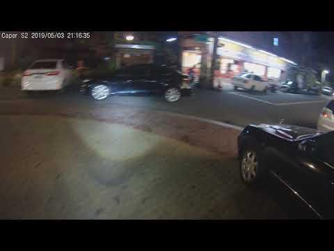 雲林日常-轉角+並排停車,聰明!