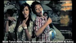 Repeat youtube video LA LA LA (LAGU TEMA ELLY DAN EPIT) -- Akim dan Adira (Official Music Video)