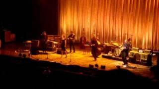 """Robert Plant & Allison Krauss: """"Rich Woman"""" Asheville NC"""
