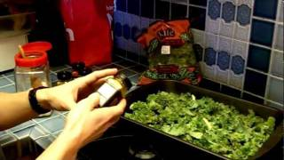 The Healthiest Snack Ever - Quick Easy And Delicious Kale Chips Recipe!