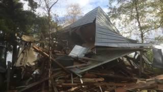 видео Демонтаж дачного дома