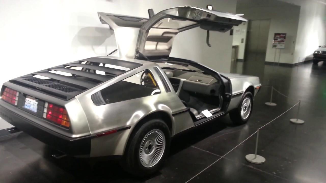 & 1983 DeLorean DMC-12 (Gull Wing Doors Open) - YouTube