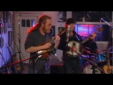 Railroad Earth - 'Mighty River' (Sun Studio Sessions)