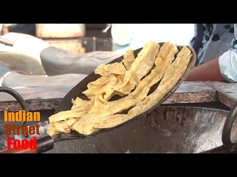 Indian street food is NOT dirty - Fafda gathiya jalebi  - street food india gujarat - breakfast food