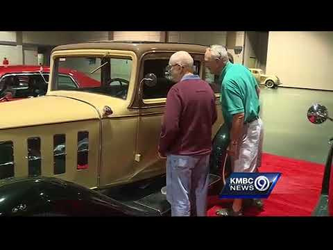 Vintage cars up for auction in Overland Park Saturday
