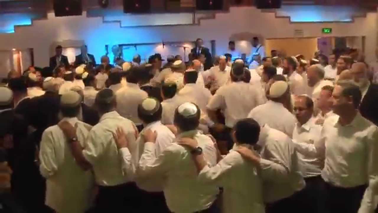 גלעד פוטולסקי ותזמורת שלהבת בהרקדה כיפות סרוגות - Potolsky Gilad & Shalhevet Orchestra