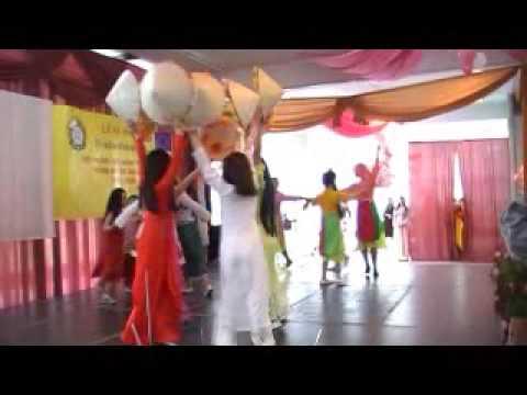 Điệu múa Về quê & Quê hương - Nhóm múa các cháu Cộng đồng Việt nam tại Balan