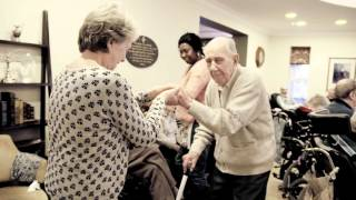 Music in Hospitals brings live music to a care home