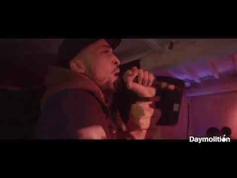 Youtube: Sam's feat Demi Portion – » Ma Planète » en live I Daymolition