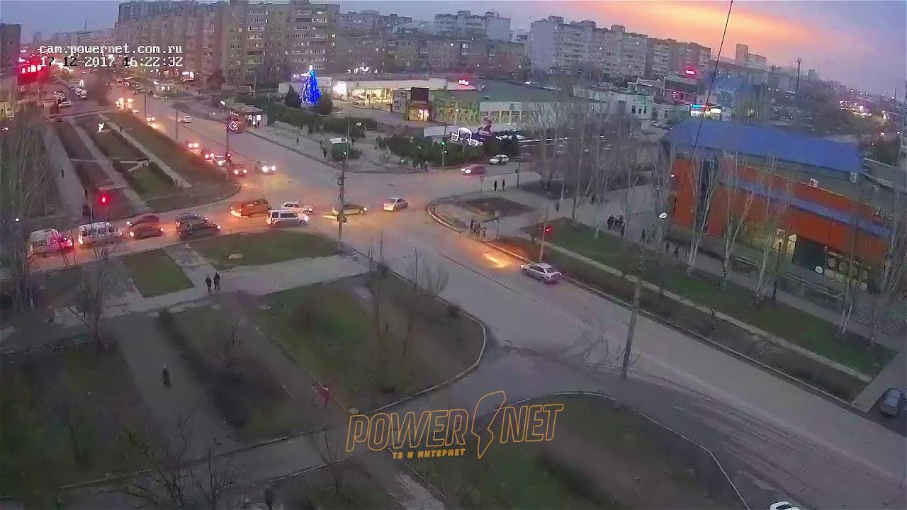 ДТП (авария г. Волжский) ул. Мира ул. Оломоуцкая 17-12-2017 16-22