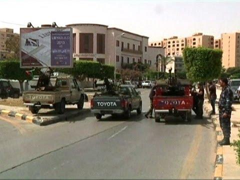 Militias want Gaddafi-era officials out of Libya