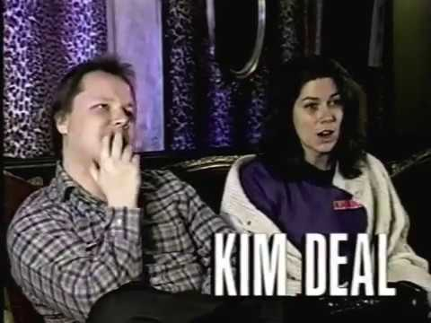 Pixies.- Interview / David Bowie (MTV News Clip 1990)
