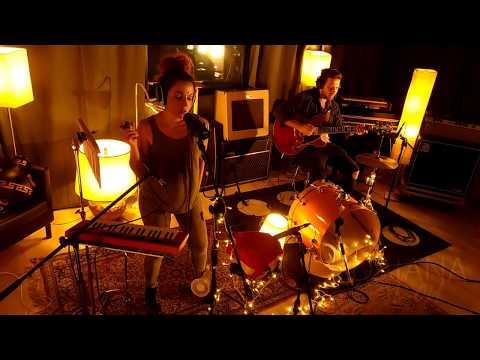 Daiana Lou - Addicted (live Inripresa)