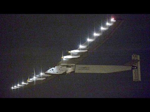 El Solar Impulse reinicia su travesía del Pacífico rumbo a Hawái